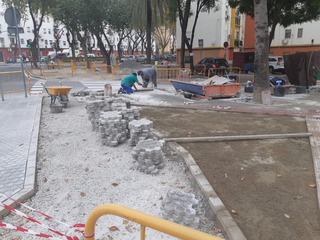 002 REMODELACIÓN DE ACERADOS EN LA CALLE RIO FRIO DE SEVILLA