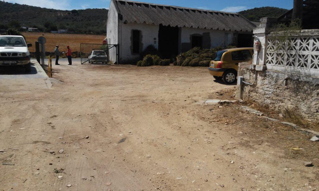 002 REPARACION DE CAMINOS EN LA FABRICA DE AROMASUR, ALMADEN DE LA PLATA